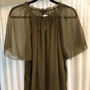 Ann Taylor short sleeve sheer blouse blouse